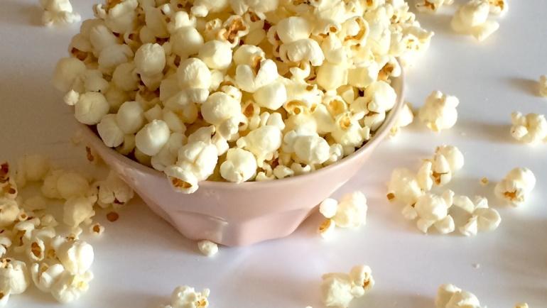 Popcorn fatti in casa, sani e semplicissimi da fare