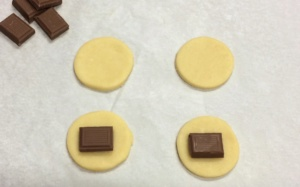 biscotto-cioccolato-sorpresa