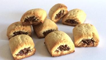 Biscotti ai fichi: uno guscio di frolla all'olio accoglie un ripieno goloso