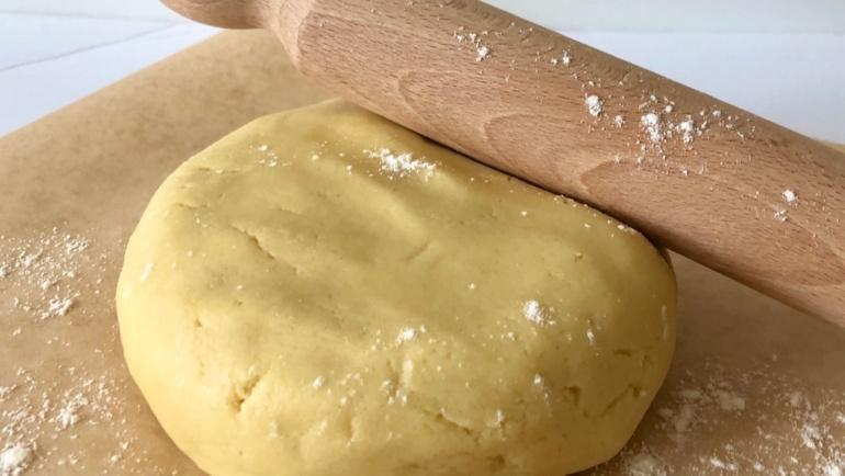 (Italiano) Pasta frolla morbida con le fruste elettriche: buona, veloce e facilissima!