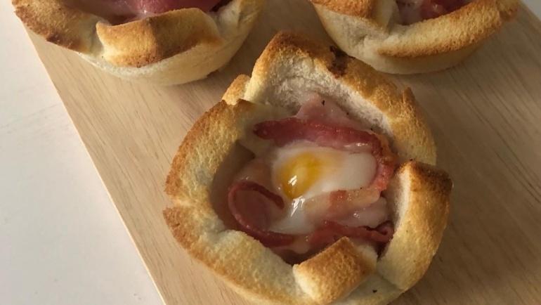 Bacon Egg a modo mio: pane tostato, bacon croccante e ovetto al punto!