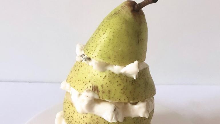 (Italiano) La Pergonzola: una pera che si alterna a golosi strati di gorgonzola!