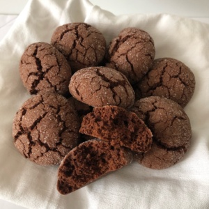 chocolate_crinkles_cookies